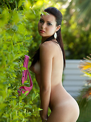 Solo session of Natasha Belle near the pool
