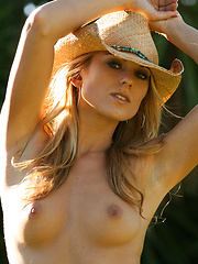 Nicole taps into her inner cowgirl and makes country livin look good